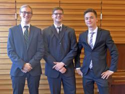 Die erfolgreichen TGM-Absolventen Maximilian Rotter, Mathias Weinhäusel und Maximilian Albrecht (vlnr).